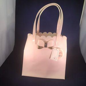 Handbags - Pink vinyl tote w/bow